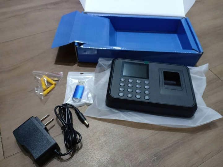 Máy chấm công vân tay F01 giao diện Tiếng Việt + Tặng kèm USB - 12