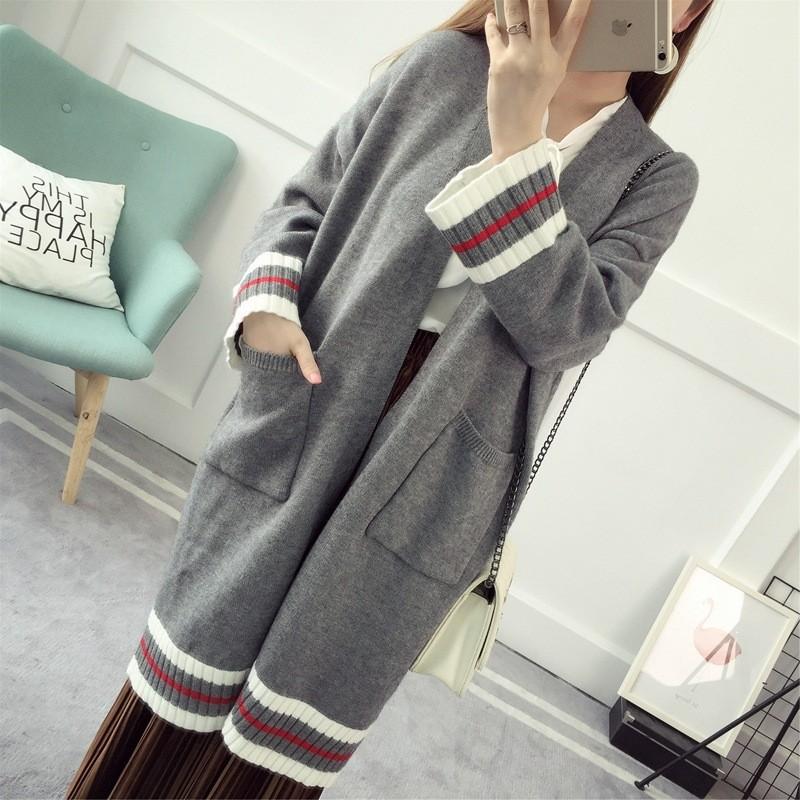 Áo khoác len dáng dài phối sọc