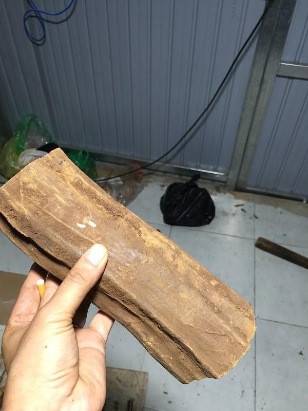 Bột vụn gỗ Hoàng Đàn