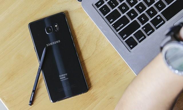 Giao diện trên điện thoại Samsung Galaxy Note FE