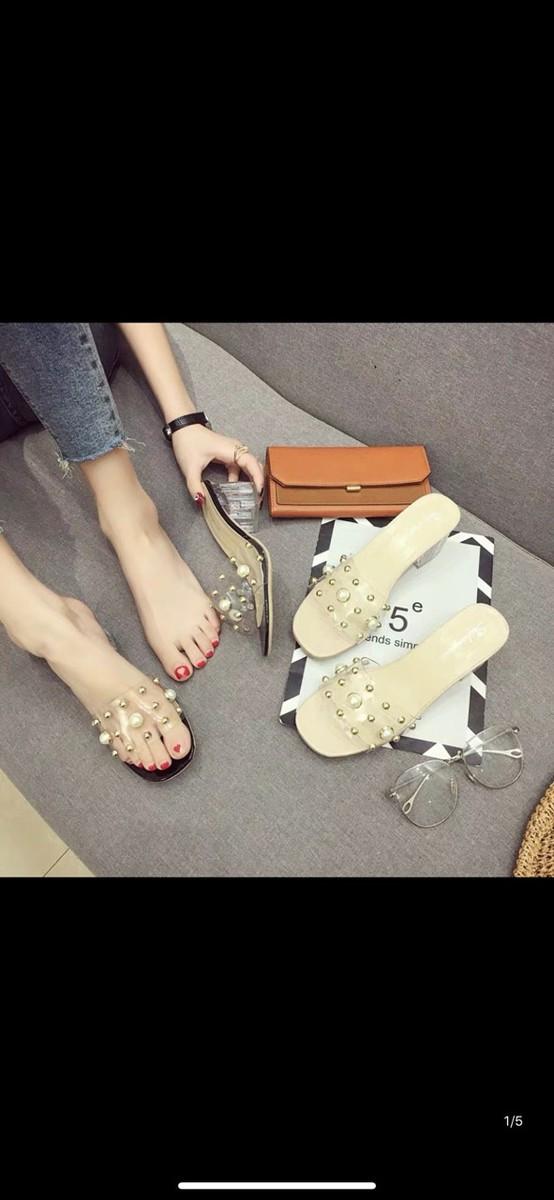Giày nữ cao gót bản ngang hạt ngọc