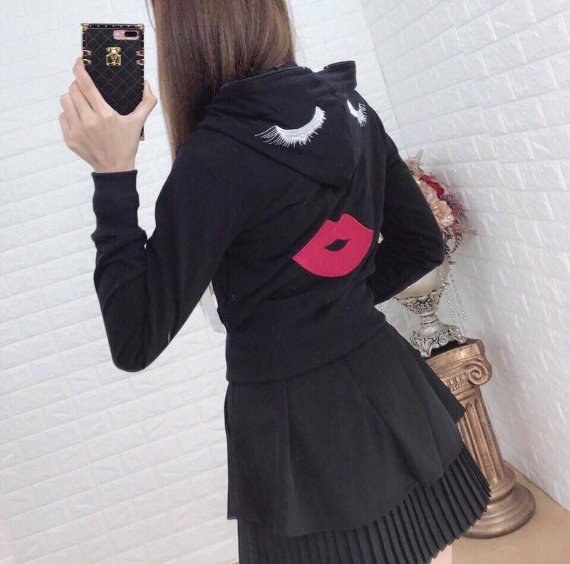 Áo khoác nữ thêu họa tiết môi siêu đẹp-bm67 [được xem hàng trước]