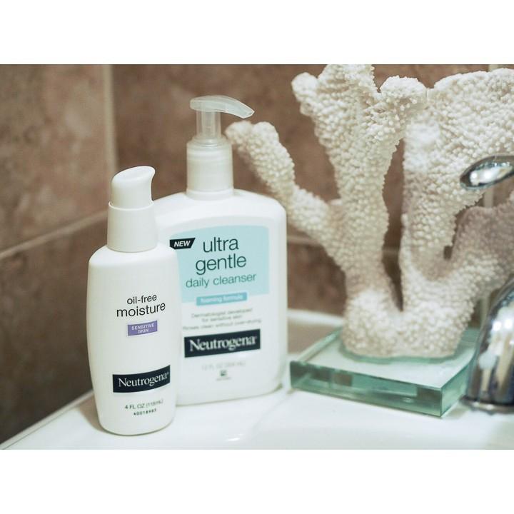 Kem Dưỡng Ẩm Neutrogena Oil Free Moisture Sensitive Skin (118ml)