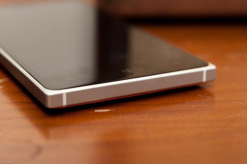 tinhte.vn-lumia-830-1.jpg