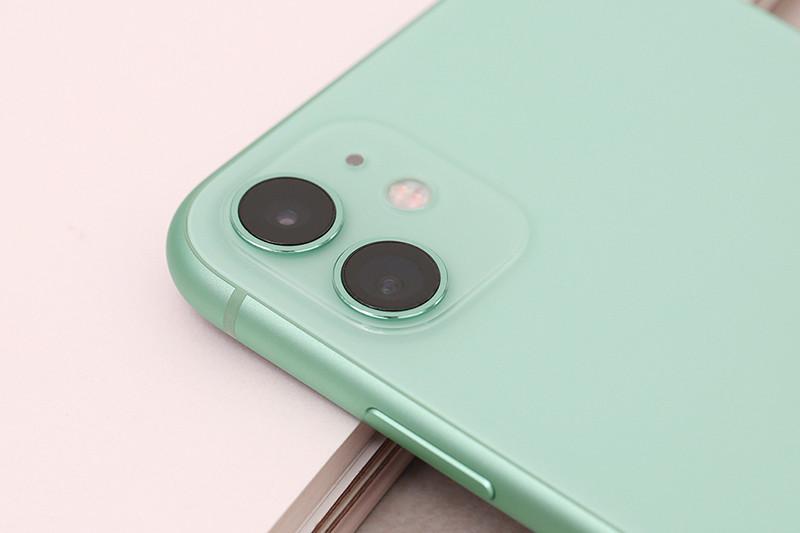 Điện thoại iPhone 11 128GB | Cụm camera kép phía sau