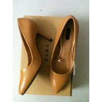 giày  Zara dáng basic