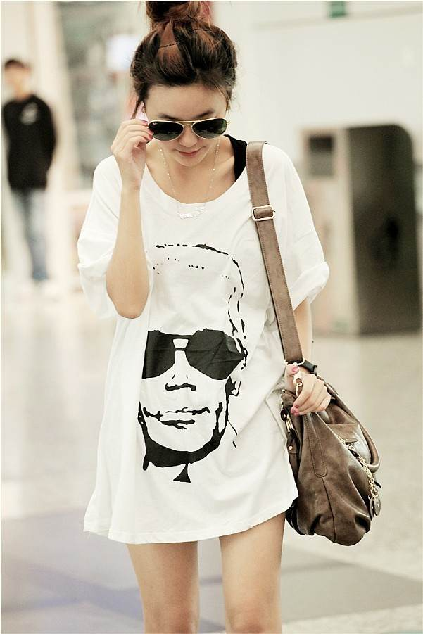 áo  thun form dài rộng hình người đeo kính KT