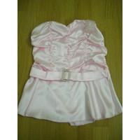 Áo hồng, cúp ngực