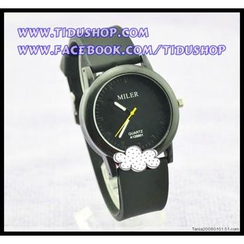 Đồng hồ dây cao su nữ WN13