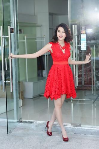 Dam Ren Hoa Hau Thu Thao