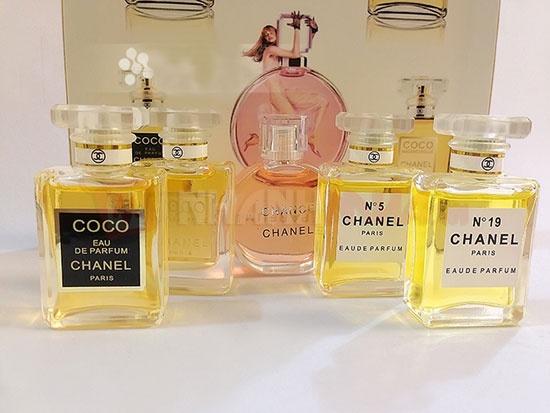 set nuoc hoa channel 5 chai 1m4G3 nuoc hoa chanel 05 2jndbmi8anhgs Nước hoa nữ   phần lớn việc cần thiết có ngay khi chọn mua.