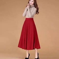 Chân váy dài đỏ