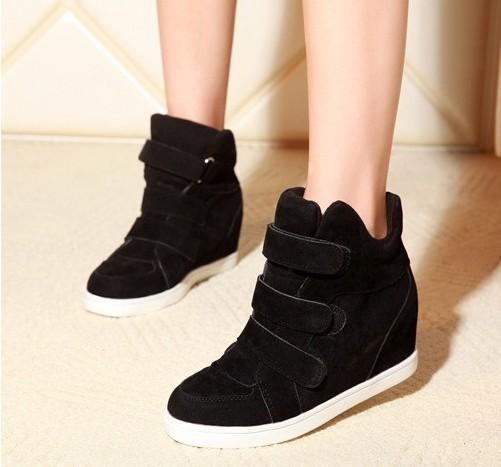 giay the thao don de 1m4G3 2357793giaythethaodondeg4292 2jln2129per4d Các kiểu giày sneaker nữ như thế nào không nên bỏ lỡ?