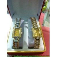 Đồng hồ nữ mặt vuông đính hạt cao cấp sang trọng DHI85