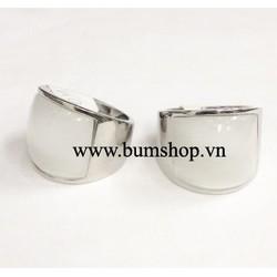 Nhẫn inox nam cẩn đá trắng - chỉ còn size nhỏ