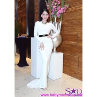 Đầm dài dạ hội hở lưng siêu đẹp như Ngọc Trinh màu trắng sang trọng