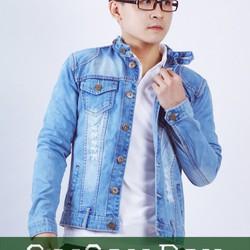 Áo khoác jean xanh nhạt rách M05