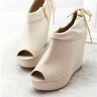 Giày boot xuồng hở mũi dây gót