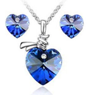 Bộ trang sức trái tim xanh ngọc 1