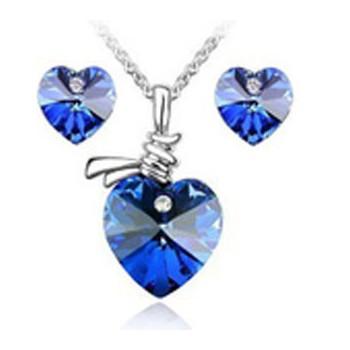 Bộ trang sức trái tim xanh ngọc