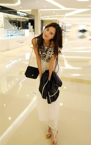 Đầm maxi trắng nữ tính 3