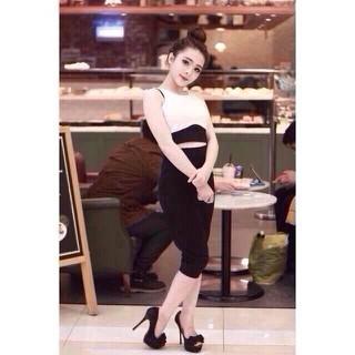 Set áo croptop + chân váy ôm