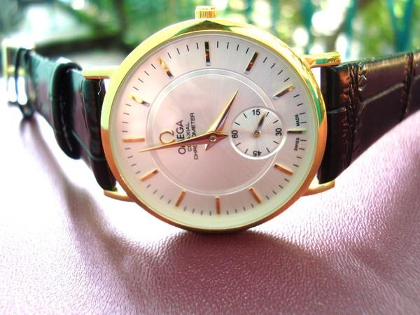 Đồng hồ nam Omega - dây da phong cách thể thao 1