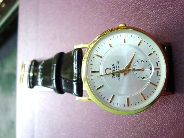 Đồng hồ nam Omega - dây da phong cách thể thao 4