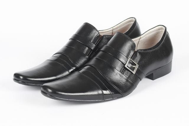Giày siêu nhẹ da bóng khoá kim loại  SN8