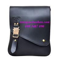 Túi đeo chéo Prada đựng iPad