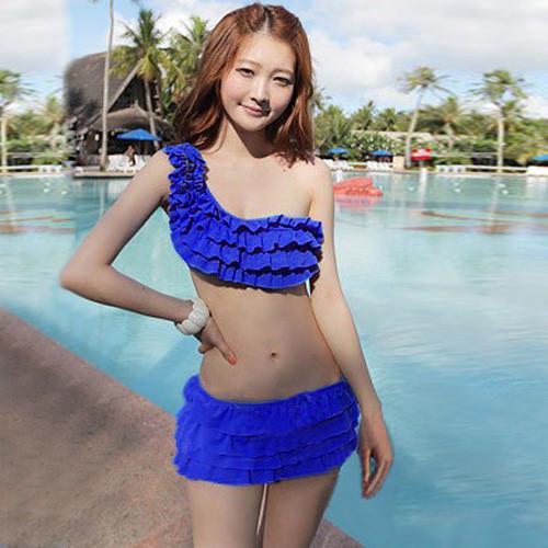 bikini 3 manh vay nhung beo lech gia re  2j4sskb4n2ikc simg d0daf0 800x1200 max Lựa chọn đồ bơi nữ dành cho phụ nữ trung niên thật là thích hợp