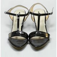 Giày Aqua sandal gót cao đế trụ, kiểu dáng thanh lịch nữ tính