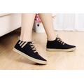 Giày vải gót sọc phong cách Hàn Quốc