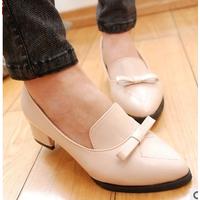 Giày Loafer 5 phân đính nơ màu kem size 35,36