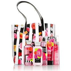 Bộ sản phẩm chăm sóc da Mad About You Bath and Body Works