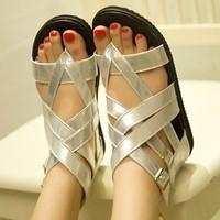 Giày sandal dây chéo G-112