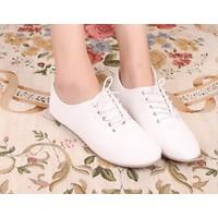 Giày oxford bệt trắng