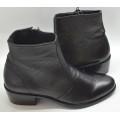 Giày boots da 2DK