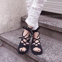 Giày sandal nữ dây chéo