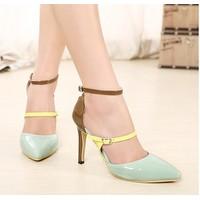 Giày cao gót mũi nhọn color block