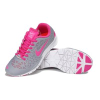 Giày thể thao Nike Free TR Fit 3 Breathe AX
