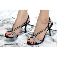 Giày cao gót đính đá sang trọng nhập từ Hàn