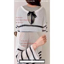 Áo dệt kim kẻ sọc tay dài