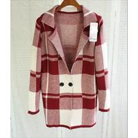 Áo khoác len form dài 90147 - đỏ, đen