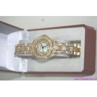 Đồng hồ lắc nữ đính hạt cao cấp Cnel sành điệu DHI65