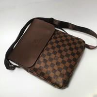 Túi đeo chéo LV TX92 - Cityshop