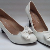 Giày cao gót 7cm trắng sữa