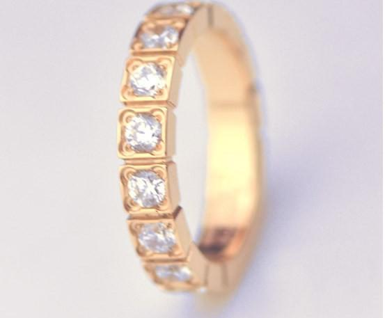 Nhẫn khảm đá nhỏ titan xi vàng 1