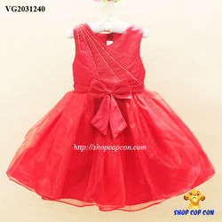 Đầm công chúa màu đỏ đính hột