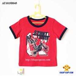 Áo thun màu đỏ viền tay hình xe môtô